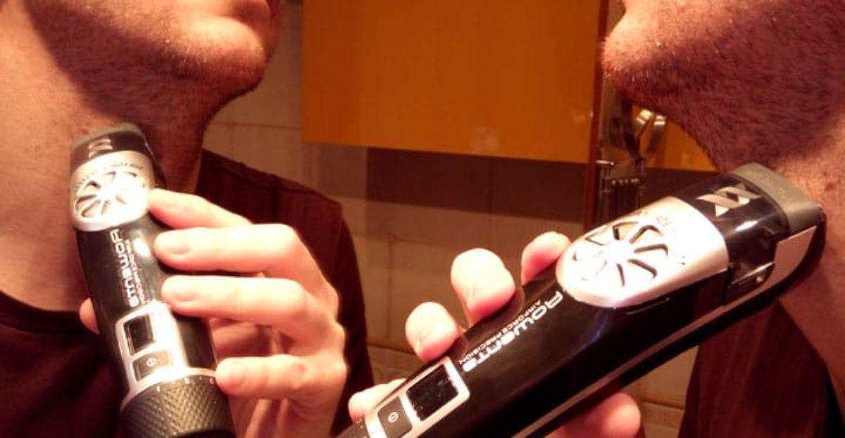 Afeitadora Rowenta que aspira la barba recortada.