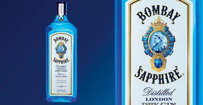 La ginebra de la botella azul viaja hasta los lugares más remotos de la Tierra-1