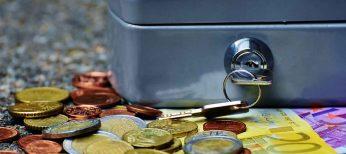 Por qué no deberías guardar dinero en casa