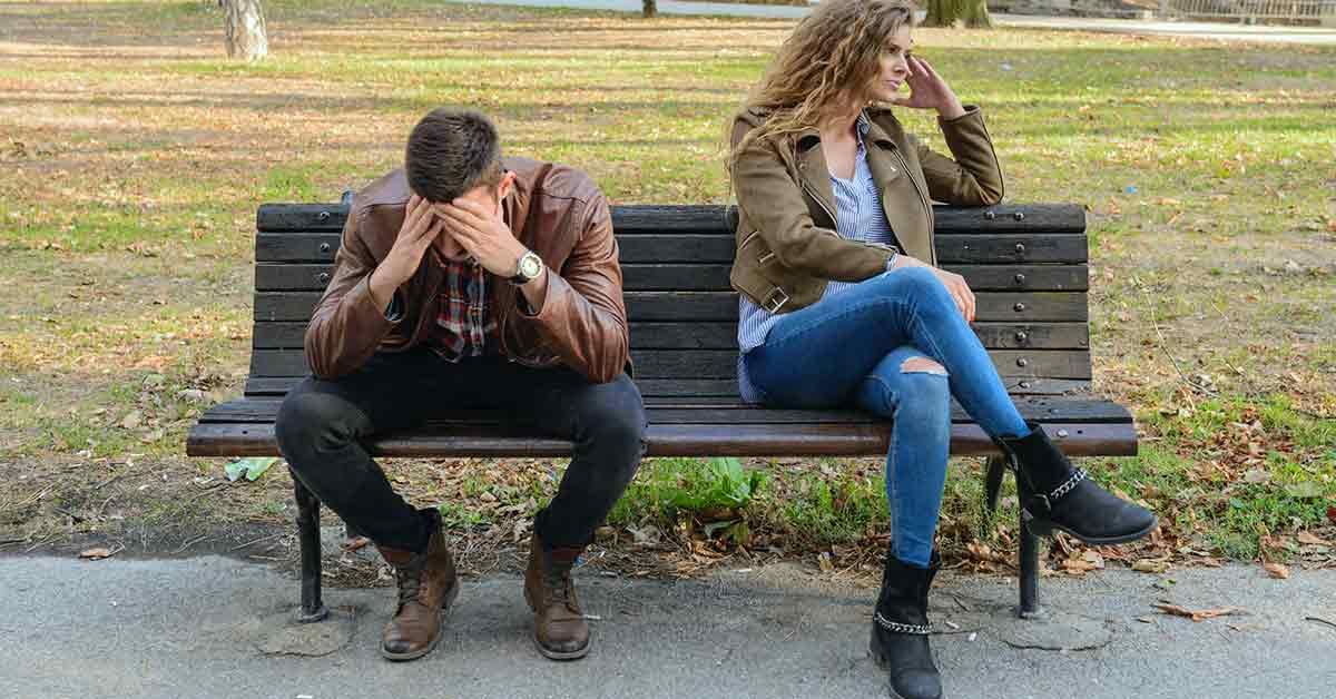 Cuando ella gana más: matrimonios menos felices y más divorcios