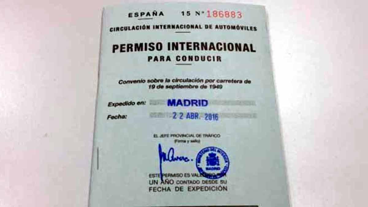 Documento carnet de conducir internacional