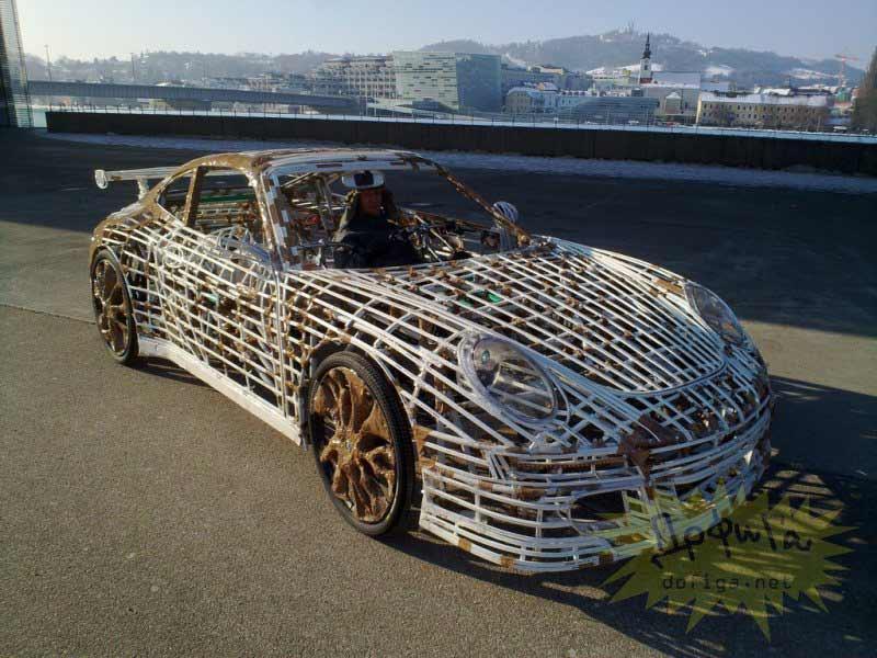 Porsche terminado en la calle