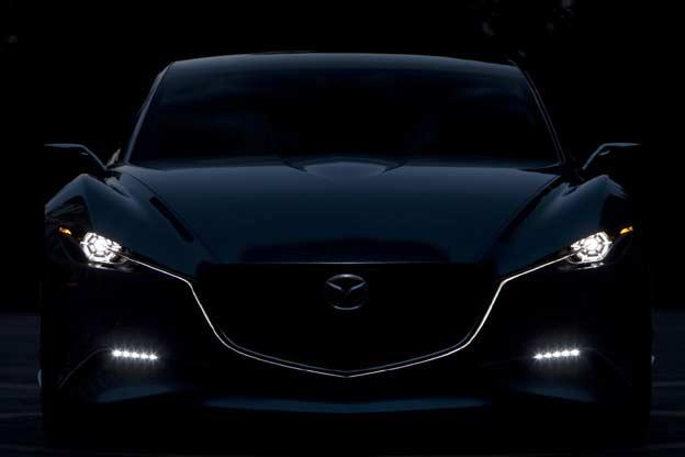 Luces del Mazda SHINARI