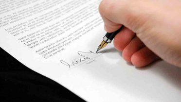 Lo que debes saber antes de dar el dinero de un contrato de arras