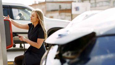Cuánto cuesta recorrer 100 kilómetros con un coche eléctrico