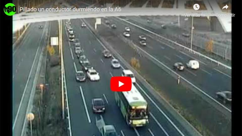 Video del conductor que se quedó dormido en la A6 durante 15 minutos reteniendo el tráfico