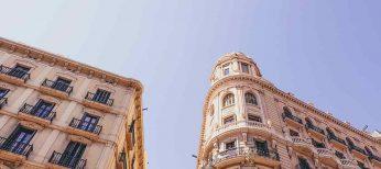 Cómo solicitar una vivienda de protección oficial en Cataluña