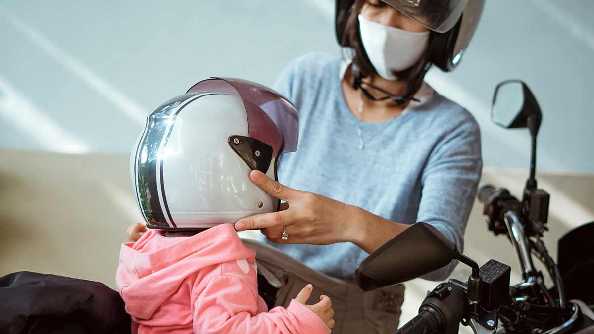 Multas por llevar a menores de 12 años en las motos.