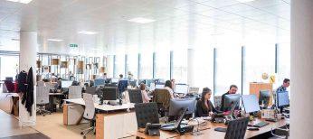 Guía para opositar a auxiliar administrativo: sueldos, temario y exámenes