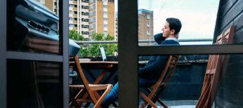 ¿Puedo hacer una barbacoa en la terraza de un piso?