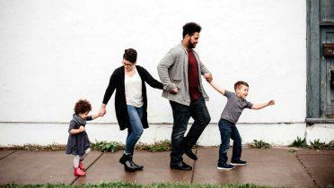 Reagrupación familiar en España: Qué es, requisitos y solicitud