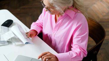 ¿A quién puede embargar la pensión la Seguridad Social? Cuantías y excepciones