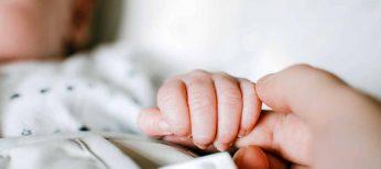 Cómo solicitar el certificado de nacimiento online, por correo o de forma presencial