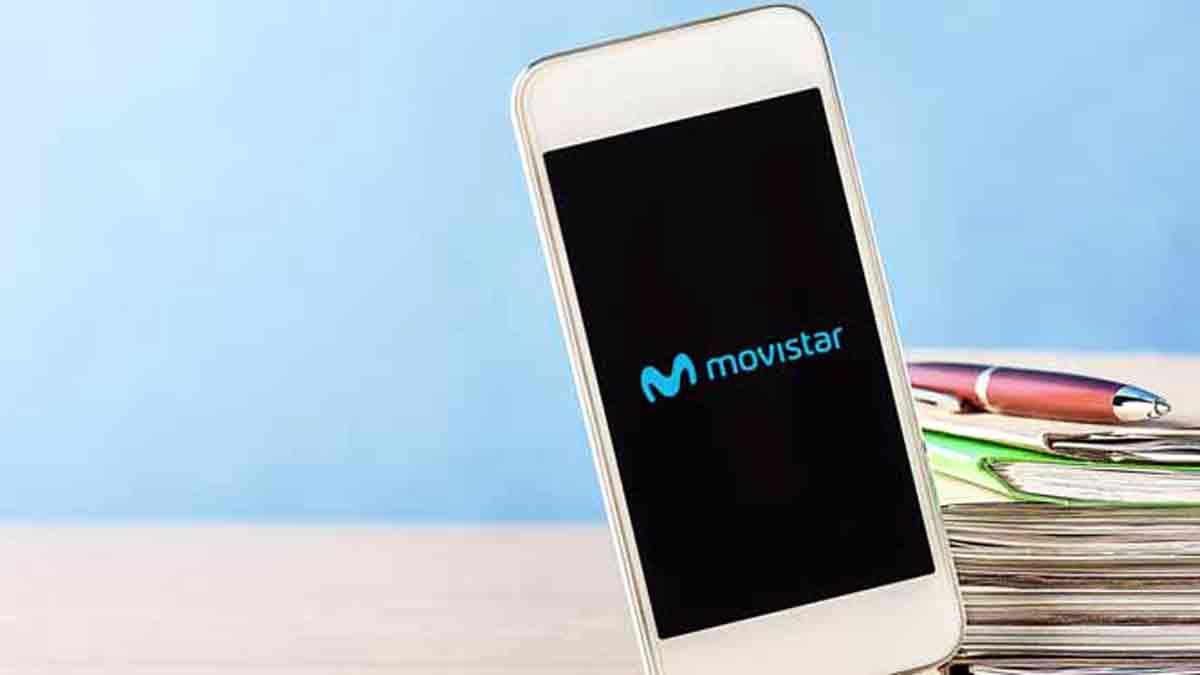 Teléfono móvil con línea Movistar