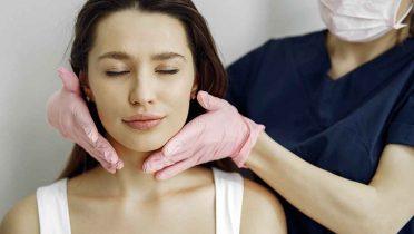 Cómo quitarse la papada con cirugía o reducirla con estos 6 ejercicios