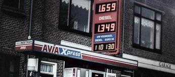Repostar en la frontera, ¿es más barato echar gasolina en España o en Andorra?